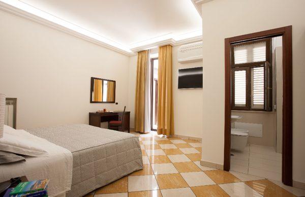 Via Sedile Di Porto 23.Chambres Naples Business Loisirs Sejour Albergo Del Golfo Napoli